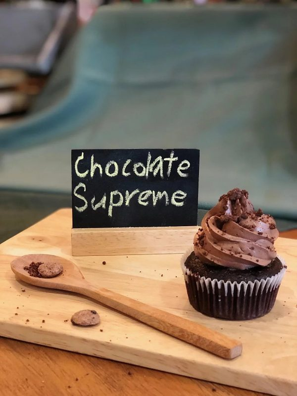chocolate supreme cupcakes