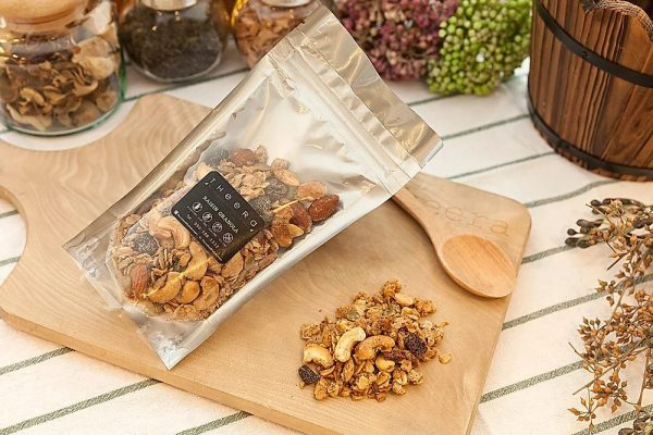 gluten free vegan granola cranberry 2