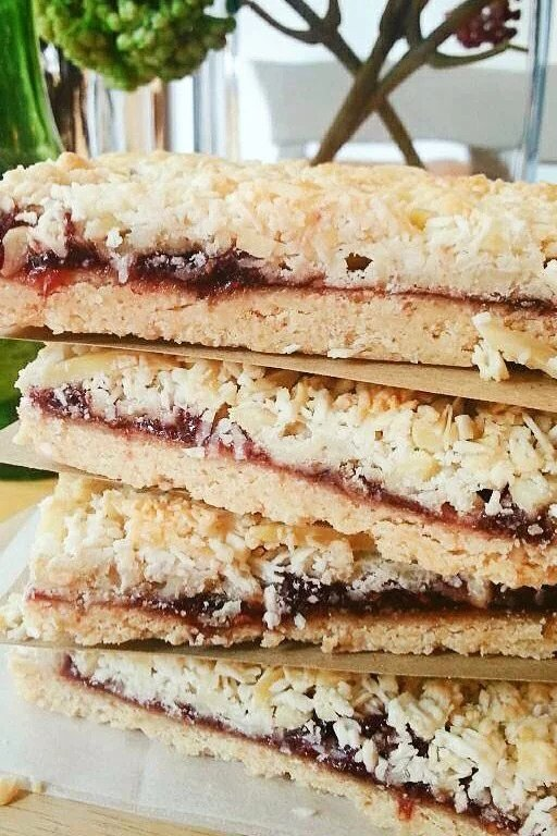 raspberry coconut bar 2